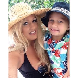 #1 Meet Your Posher, Melinda ❤️ Posh Ambassador ❤️